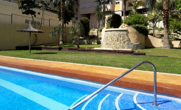cala-villajoyosa-benidorm-apartment-pool3