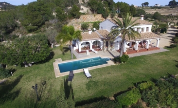 BP1973-Finca-for-sale-in-Benissa-16