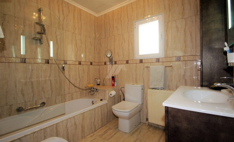 BP2421-Bungalow-for-sale-in-Moraira-14
