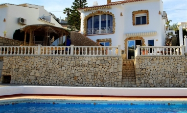 BP2421-Bungalow-for-sale-in-Moraira-2