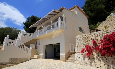 BP2527-Villa-for-sale-in-Moraira-2