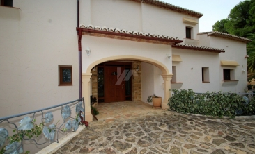 BP2614-Villa-for-sale-in-Moraira-8