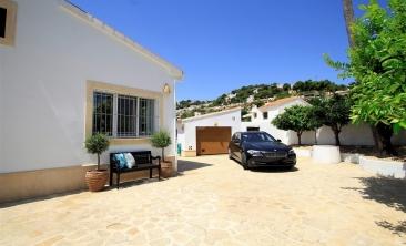 BP2693-Villa-for-sale-in-Moraira-8
