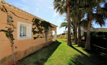 BP2703-Villa-for-sale-in-Benitachell-2