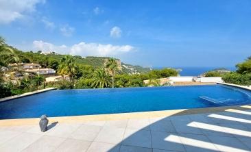 luxury-modern-villa-javea-infinity-pool2