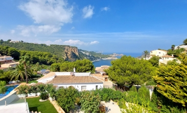 luxury-modern-villa-javea-infinity-pool21