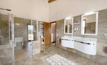 benissa-finca-renovated-spain-villa-pool (10)