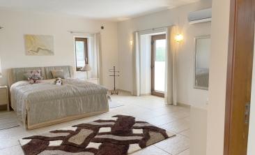 benissa-finca-renovated-spain-villa-pool (13)