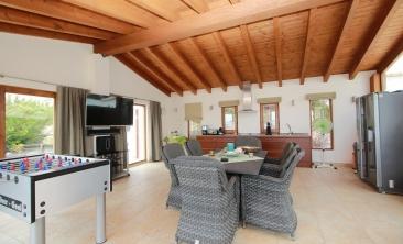 benissa-finca-renovated-spain-villa-pool (26)