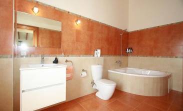 benissa-finca-renovated-spain-villa-pool (29)