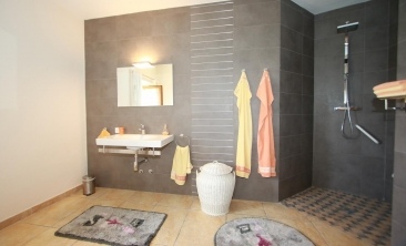 benissa-finca-renovated-spain-villa-pool (3)